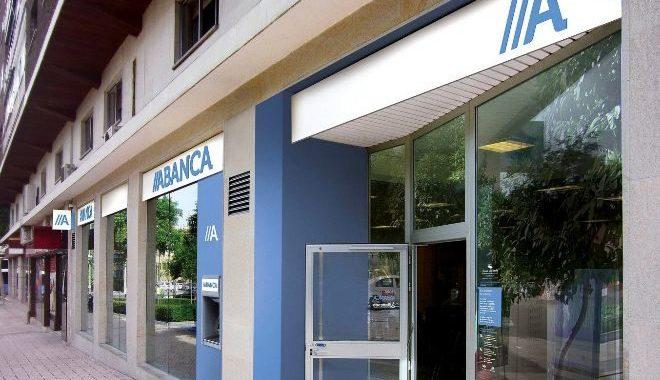 Abanca permitirá aplazar las cuotas de las hipotecas hasta 12 meses por la crisis del coronavirus