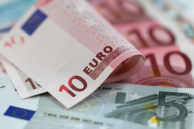 Euros (7)